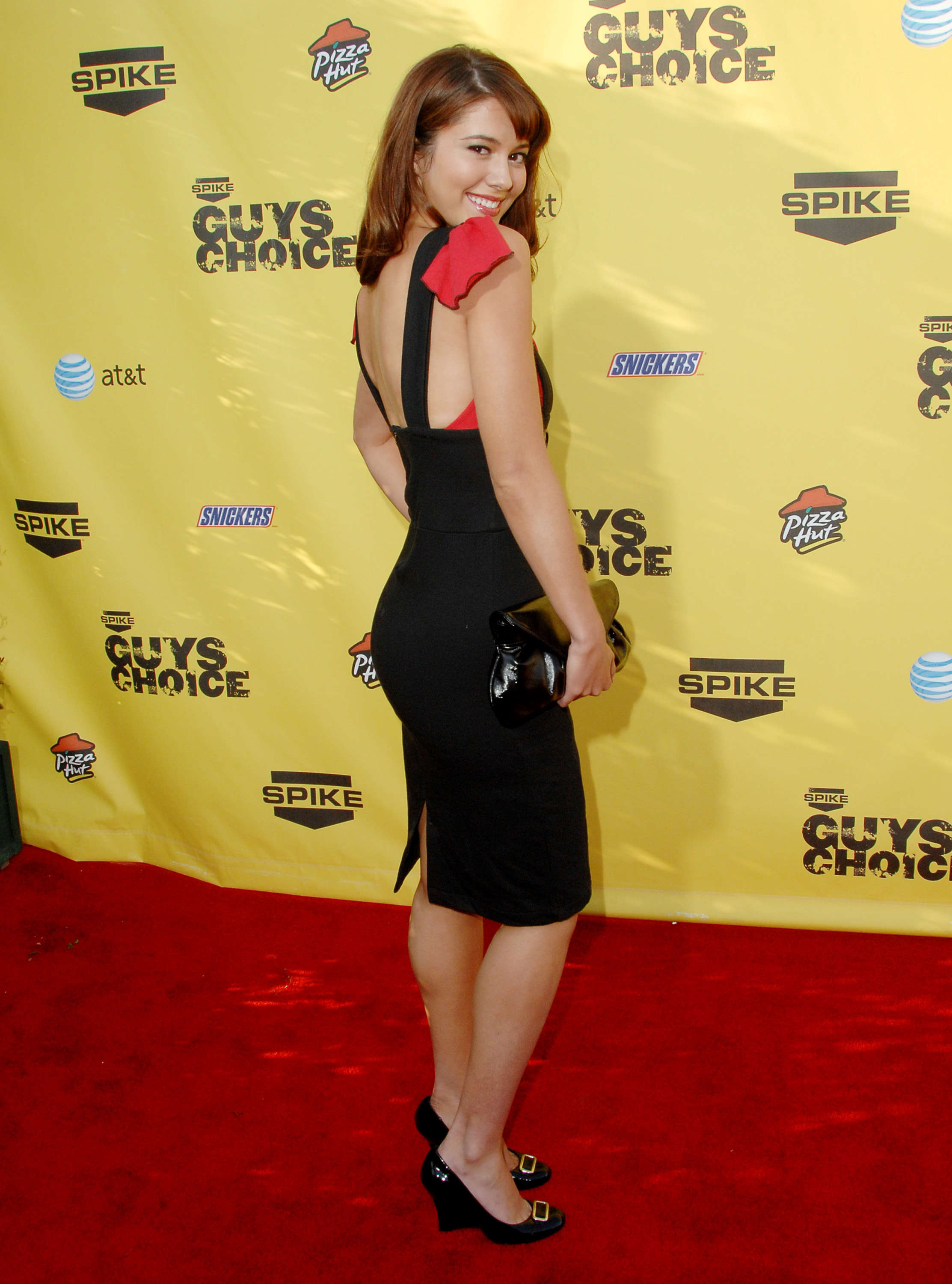 "June 09: Spike TV's ""Guy Choice' Awards"" - 003 - Adoring Mary Elizabeth  Winstead 